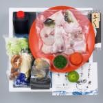 【送料無料】国内産高級とらふぐのちり鍋+とろける白子のセット2~3人前〈野菜付き〉