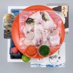 【送料無料】国内産高級とらふぐのちり鍋+とろける白子のセット4~5人前〈野菜なし〉